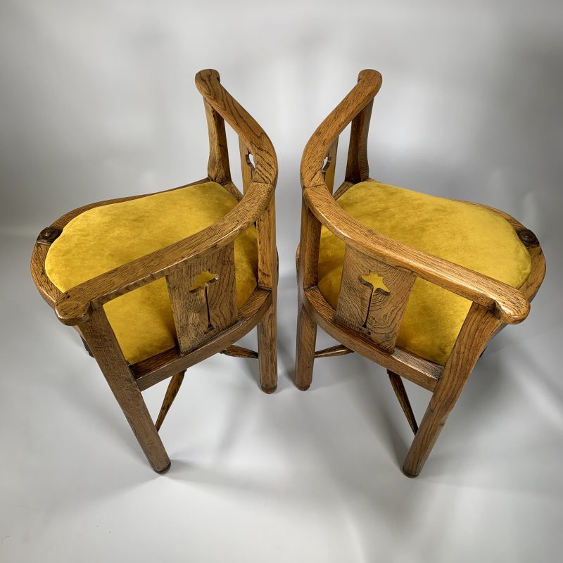 Arts and Crafts Pair of Corner Chairs